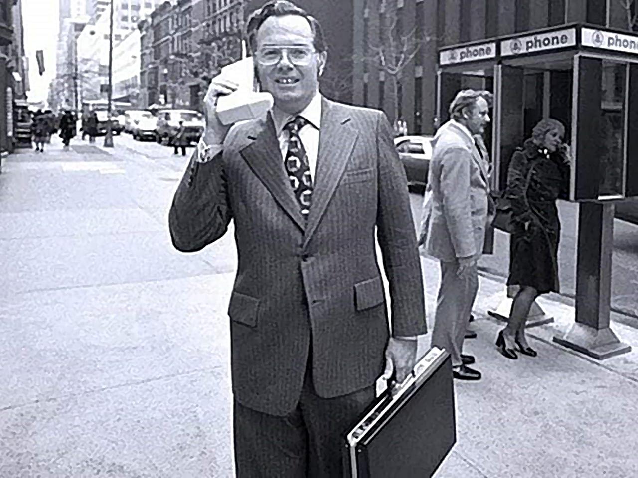 Martin Cooper inventor del telefono celular