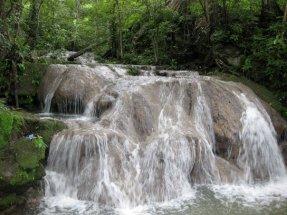 Manantial cristalino - Reserva Los Tananeos