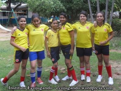 19. Niñas futbolistas