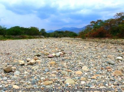 """""""Río"""" Guatapurí en el sector de Pescaíto."""