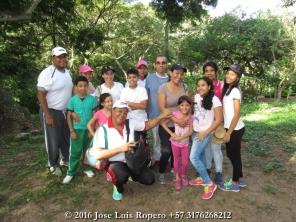 Trabajadores de la Agencia Nacional de Minería (seccional Cesar) y sus familias, de visita a Manaure Cesar. Foto: Jose Luis Ropero.