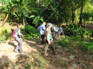 Birders en la Reserva Natural Los Tananeos. Foto: Jose Luis Ropero.