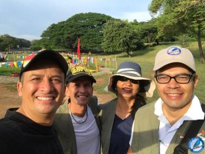 Pastor Mauricio Rocha, Héctor Rocha, Aleida Coronado y el Director.