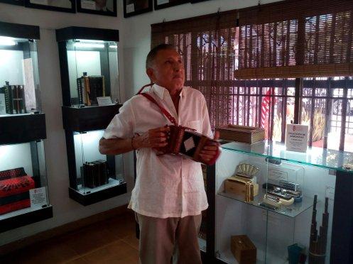 Maestro Beto Murgas Museo del Acordeon.jpg
