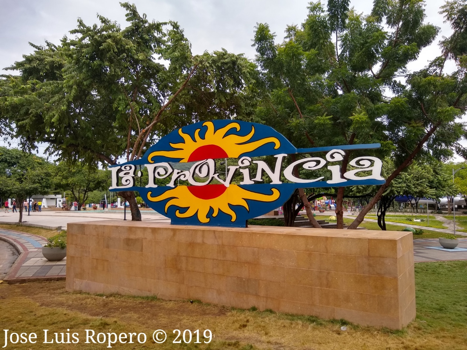monumento parque de la provincia