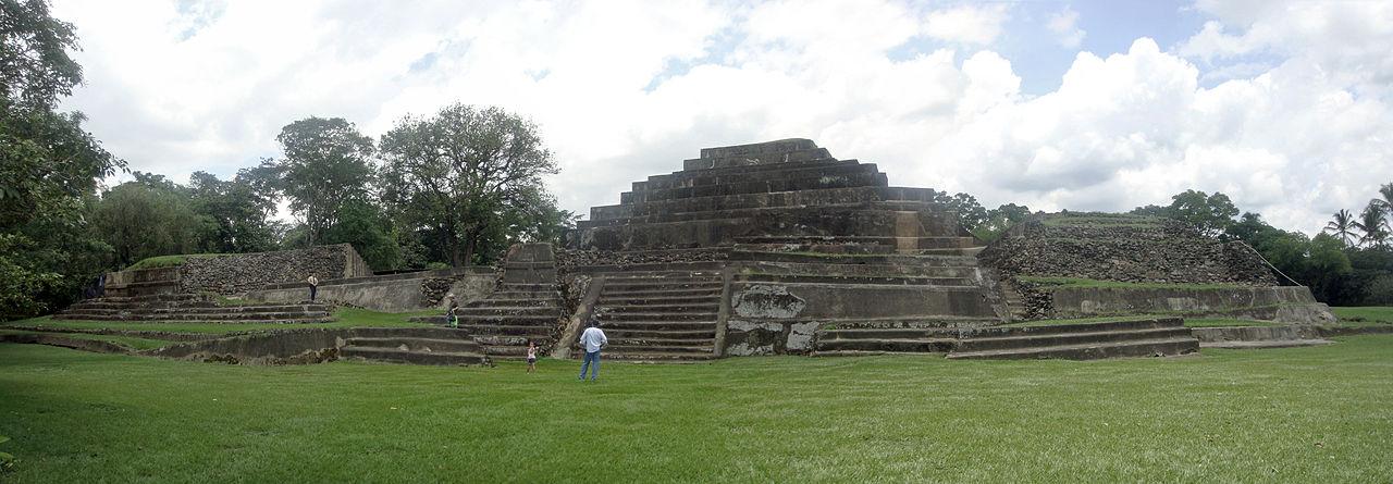 Piramide de Tazumal El Salvador